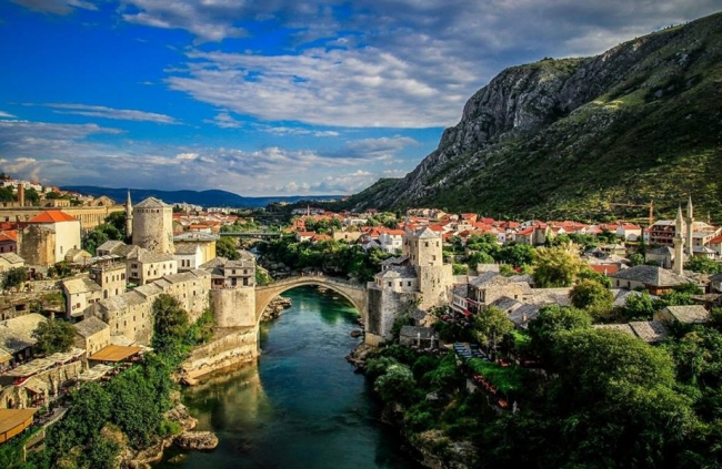 Creative Writing Roadtrip Through Bosnia